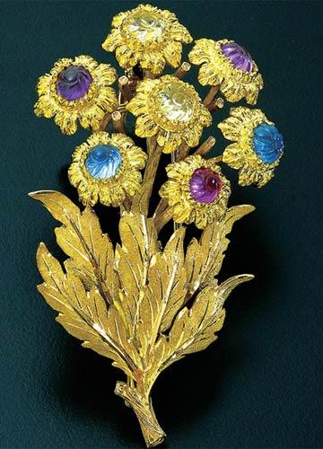 Broche en or de Federico Buccellati forme marguerite