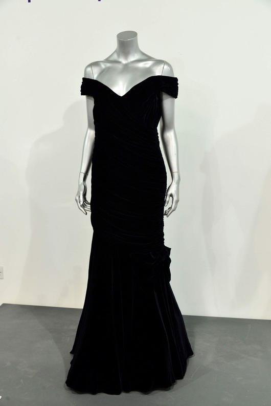 Robe de gala à épaule dégagée de Diana lors de sa visite aux Etats-Unis