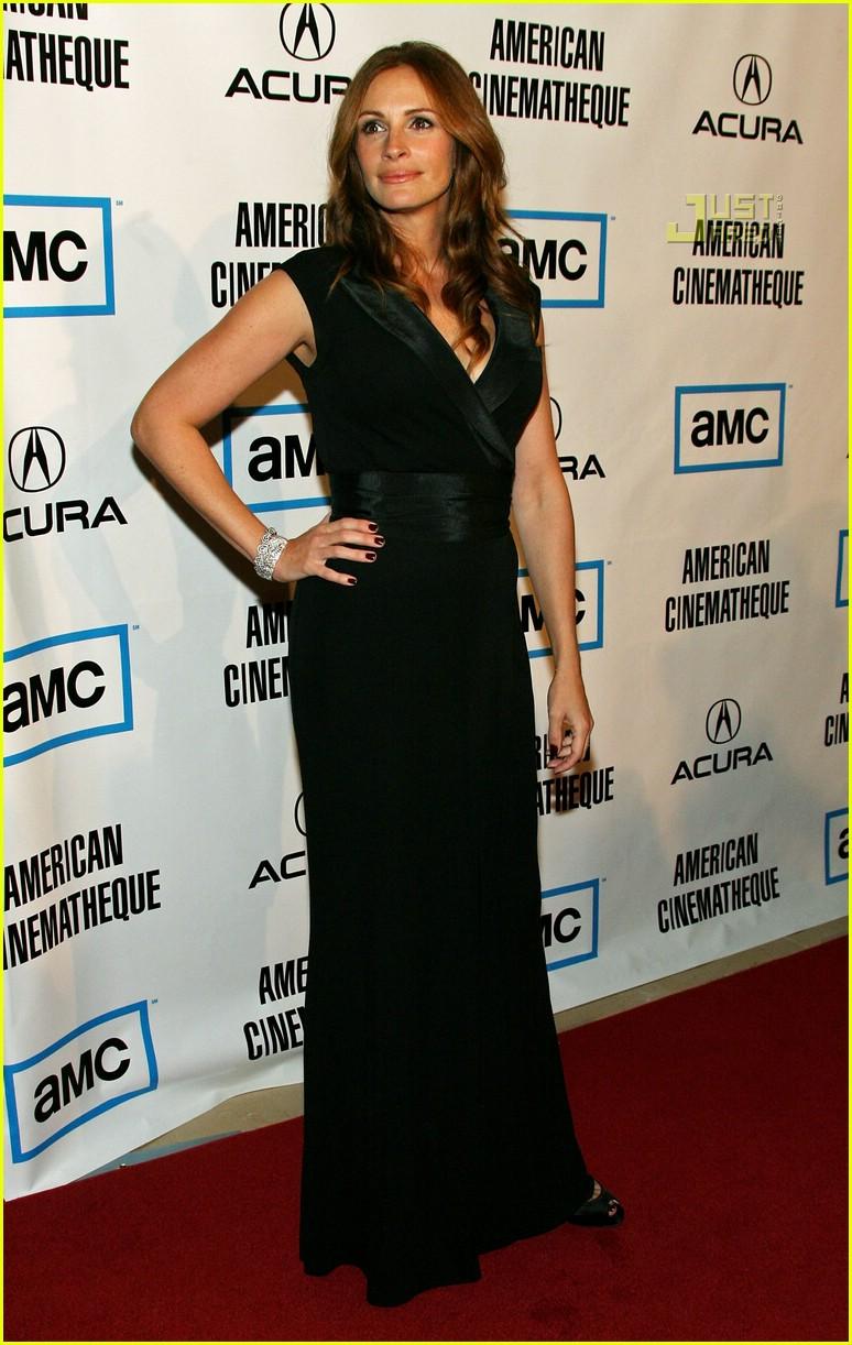 Julia Roberts en robe noire longue aux American Cinémathèque Awards en 2007