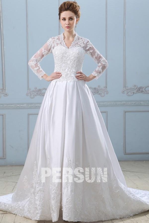 robe de mariée dentelle chez Persun