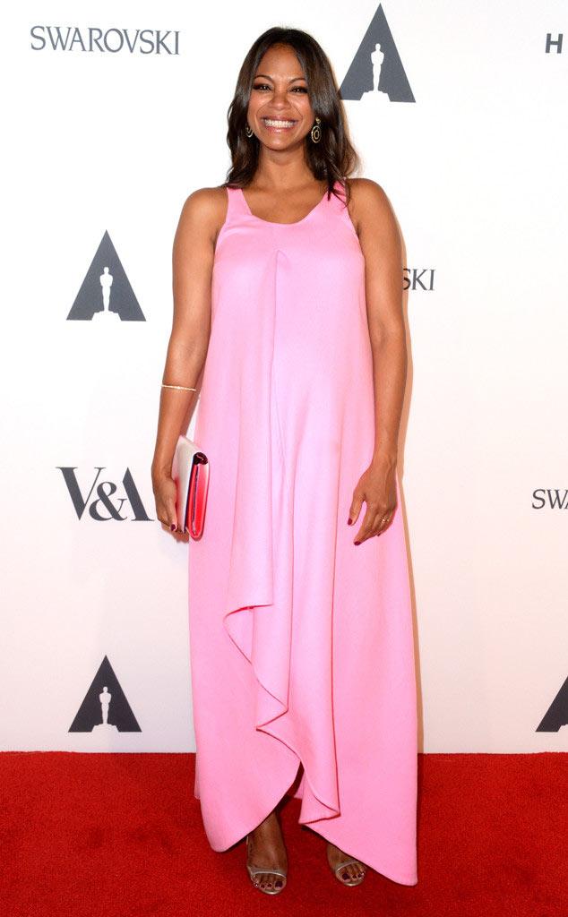 Robe de soirée rose grossesse de Zoe Saldana