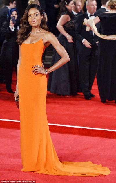 robe-orange-naomie