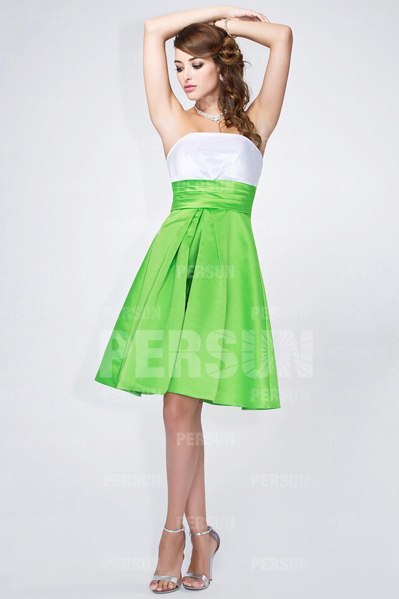 simple robe blanche et verte pour mariage
