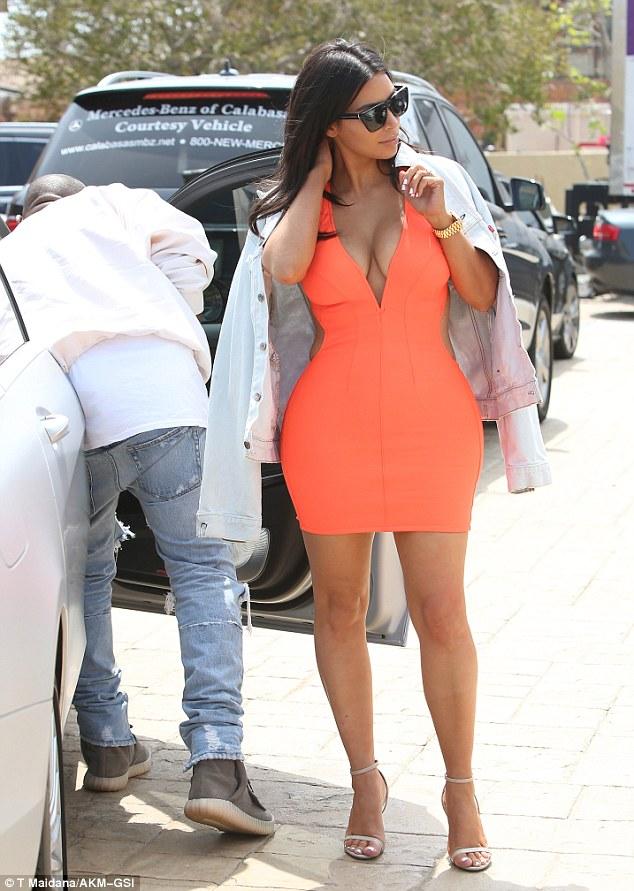Robe-orange-chez-Kim