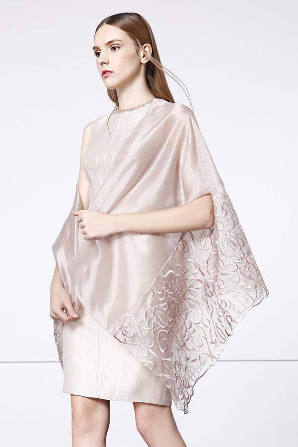 robe-de-soiree-fourreau-courte-avec-étole