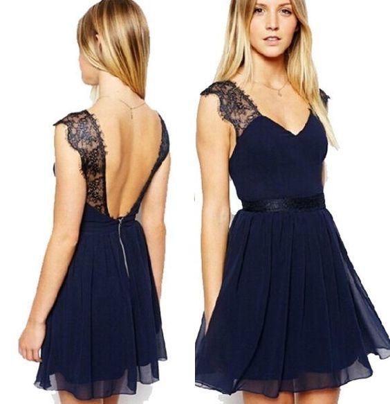 robe-de-soiree-dentelle-bleue
