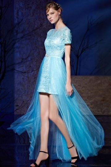 robe-courte-devant-longue-derriere-bleue-sur-jupe-detachable