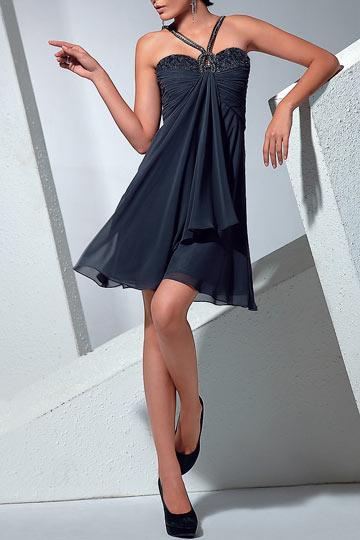 robe-de-cocktail-empire-avec-bretelles-au-coeur
