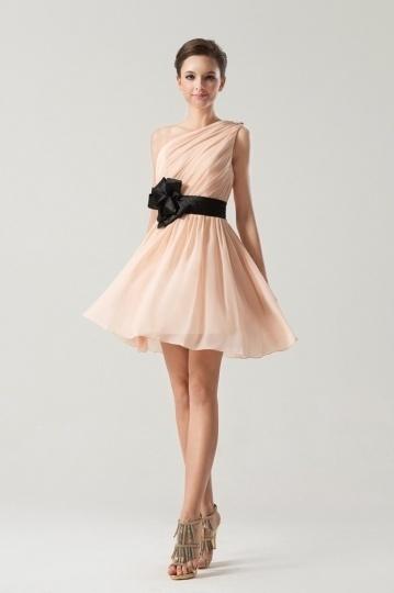 robe-de-soiree-courte-asymetrique-pour-cocktail-mariage