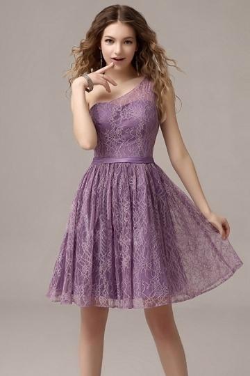 robe-de-soiree-courte-pour-mariage-en-dentelle