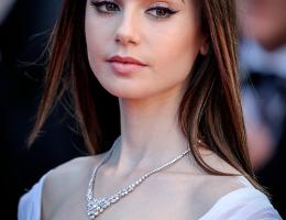 Lily Collins à festival de Cannes