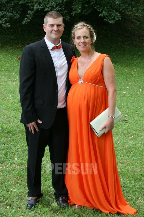 avis client de robe orange empire pour femme enceinte