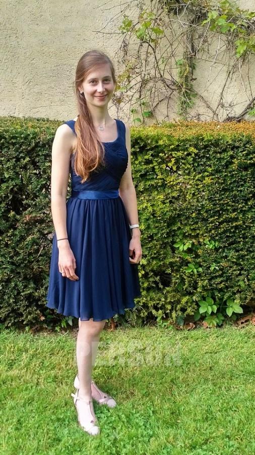 robe de soirée bleu courte plissé pour mariage