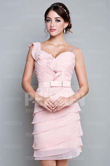 mini robe de cocktail asymétrique rose en dentelle