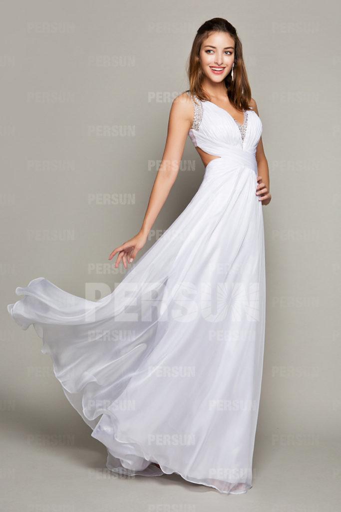 robe longue de soirée blanche décolleté en V