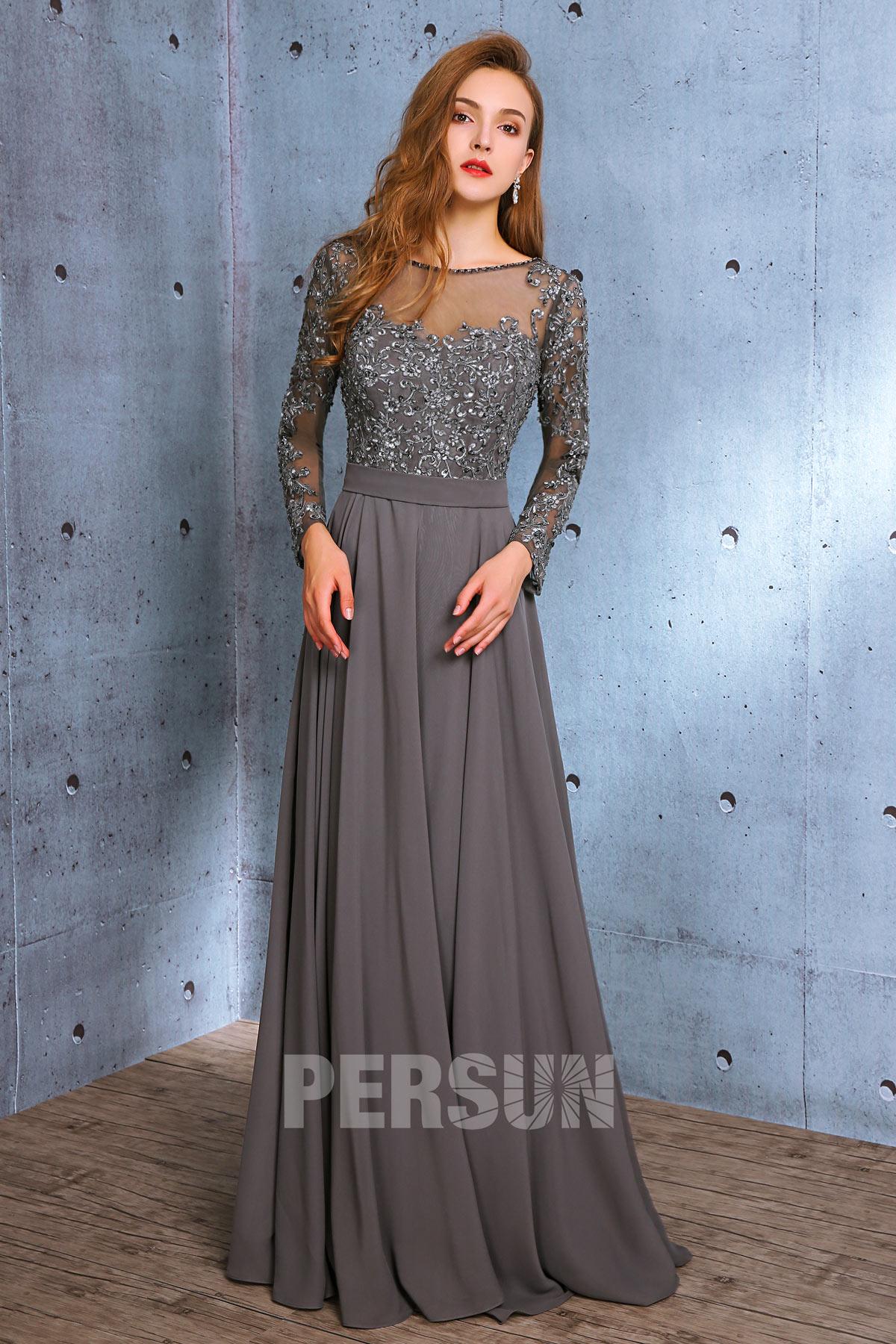robe de soirée grise longue à manche longue en dentelle
