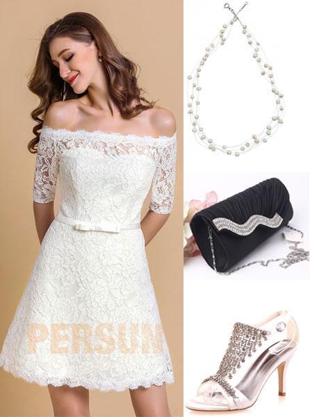 accessoires pour une robe blanche épaule dénudé en dentelle