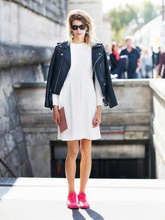 robe blanche à manche longue et veste