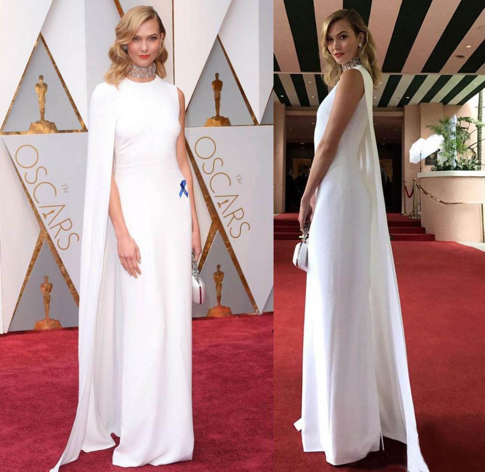 robe de soirée à cape blanc de célébrité oscar tapis rouge