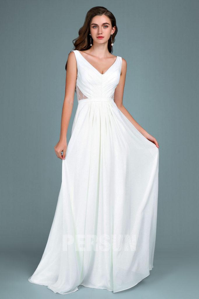 robe de soirée blanche longue col en V côte dentelle