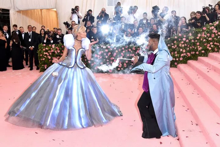 Zendaya ressemble comme une vraie vie Cendrillon au met Gala 2019