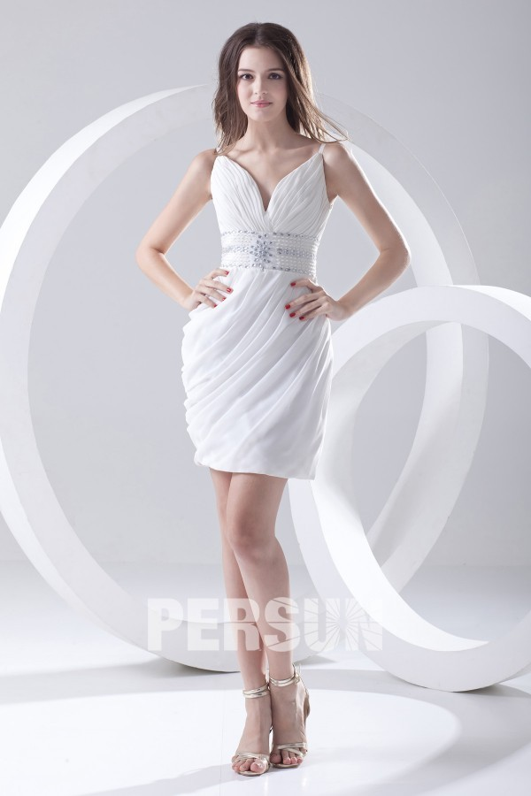 robe de soirée courte moulante bustier plissé col v taille ornée de strass délicats
