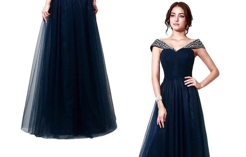 Robe de soirée bleue marine  : Revisitée pour un look moderne et glamour