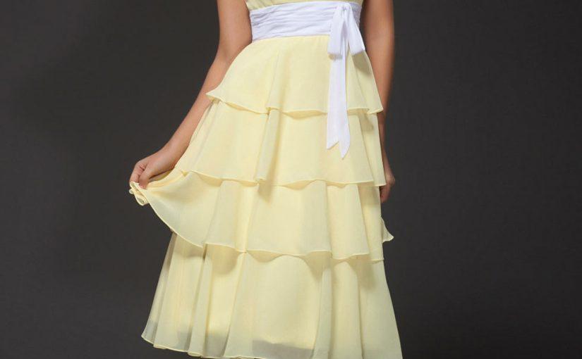 robe de soirée jaune mi-longue jupe volant avec ceinture blanche