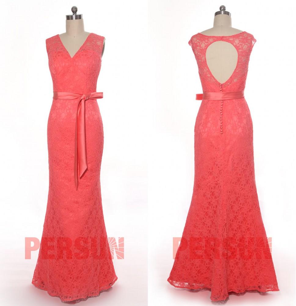 robe de soirée sirène longue corail col v dos ouvert avec ceinture en dentelle