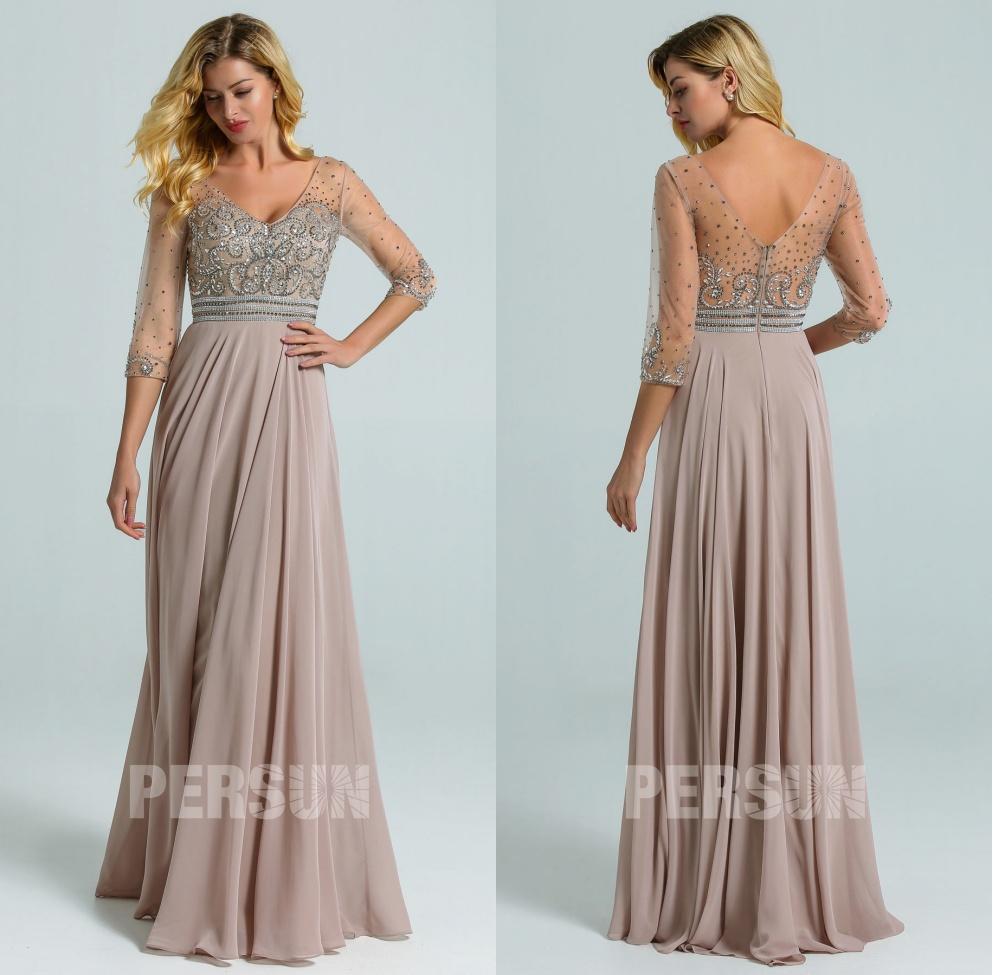 robe soirée longue gris taupe col v haut embelli de bijoux avec manches