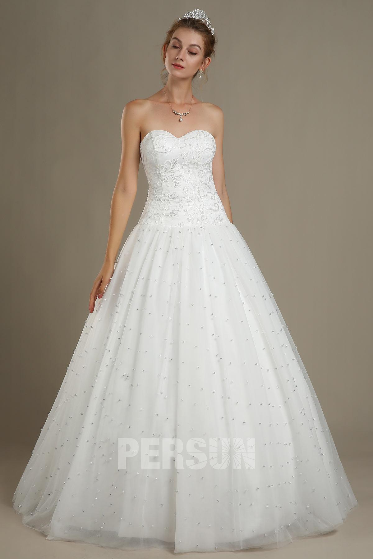 Robe de mariée blanche bustier coeur princesse