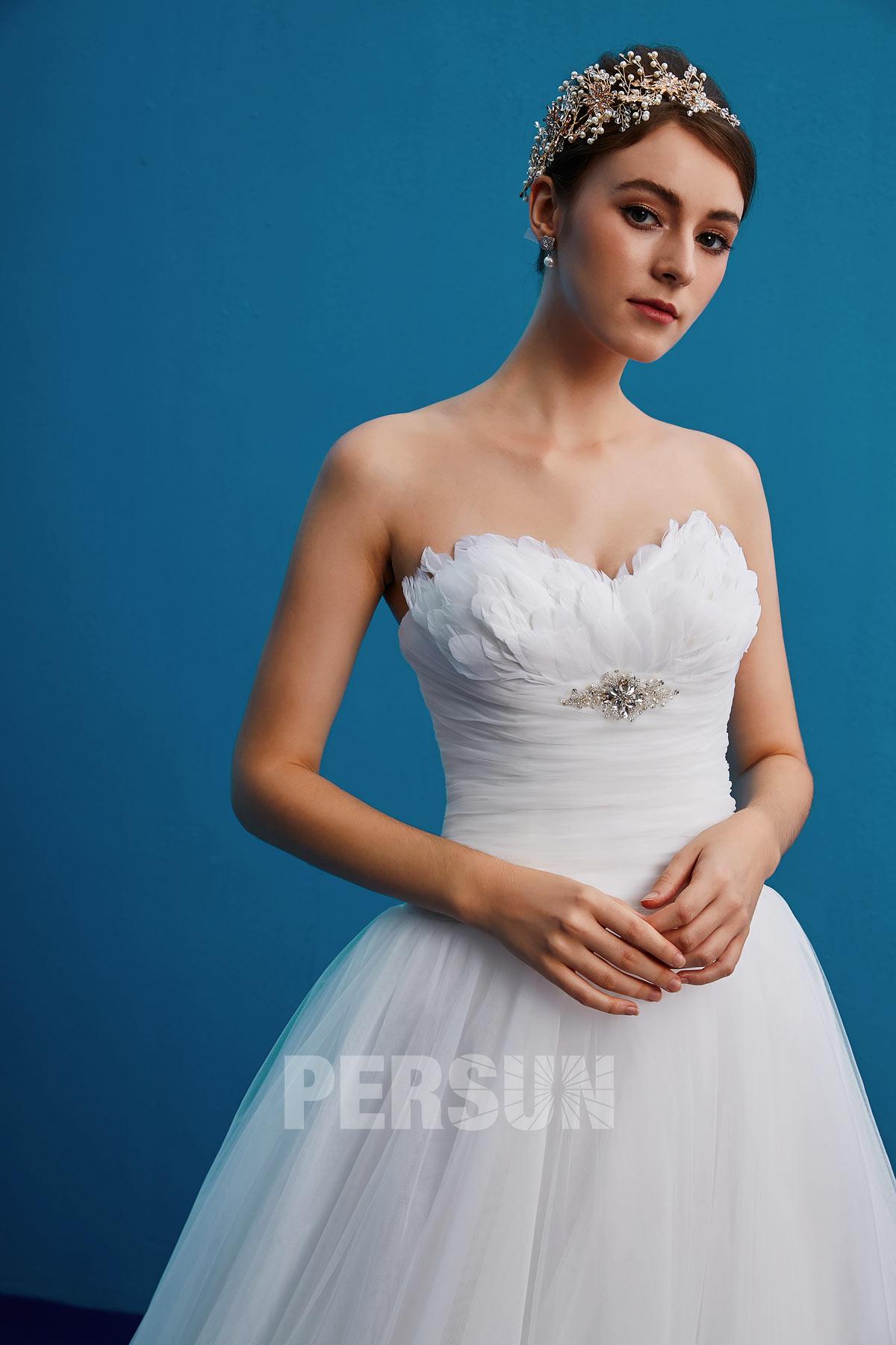 Robe blanche bustier dentelle princesse pour mariage